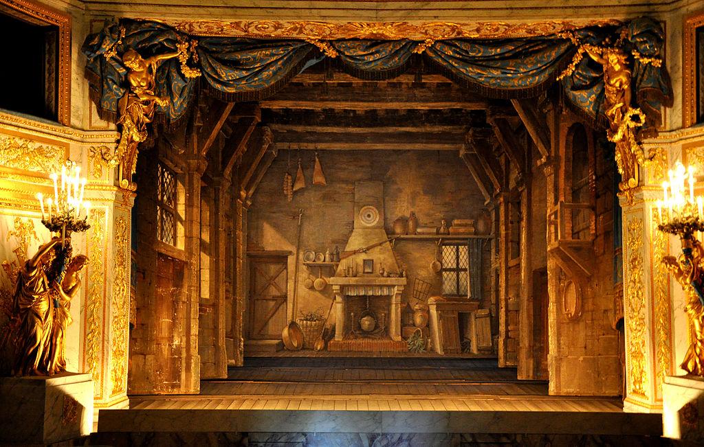 Teatr Królowej w Wersalu z malowanymi kulisami i prospektem
